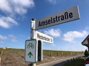 Schild Amselstraße und Westerdeicher Straße